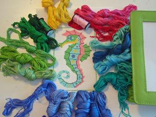 Seahorse Threads 1